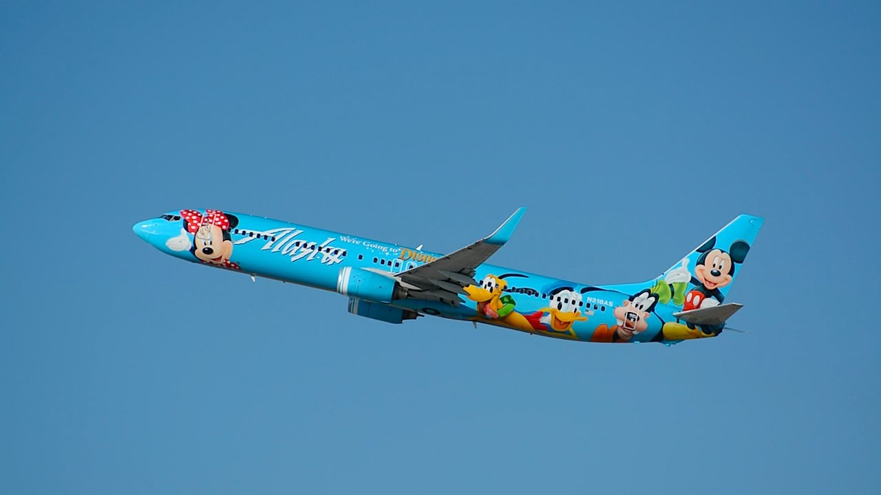 Alaska Airlines Spirit of Disneyland II Boeing 737-900 [N318AS] Departing LAX.