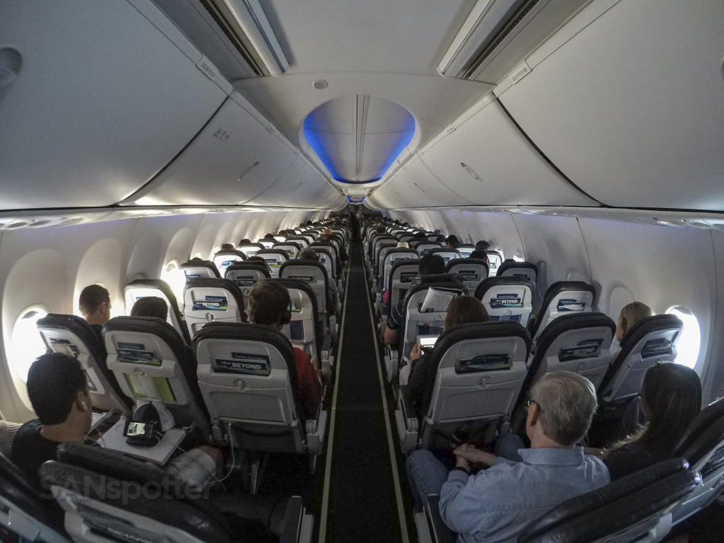 Alaska Airlines 737-800 SAN-KOA economy class review
