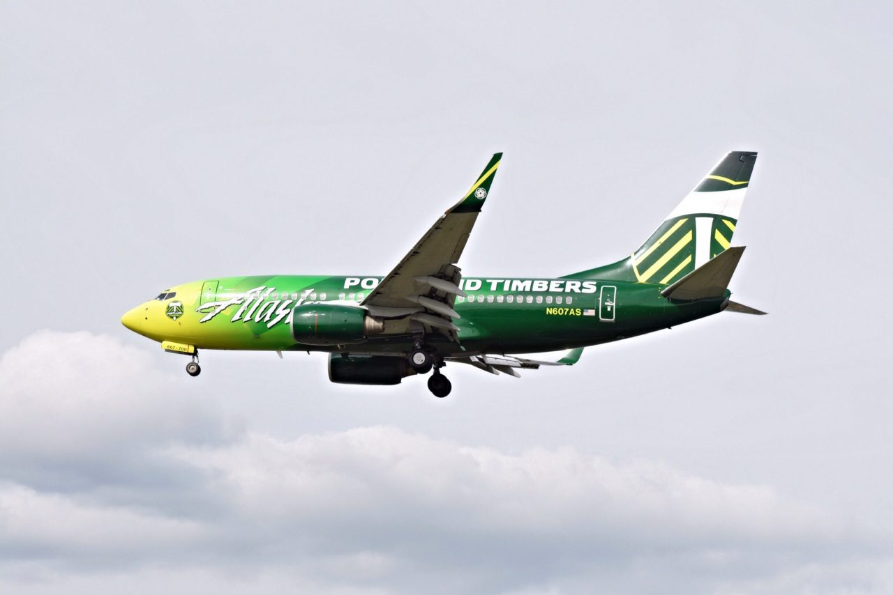 Alaska Airlines Aircraft Boeing 737-700 Sepcial Livery MLS Club Portland Timbers