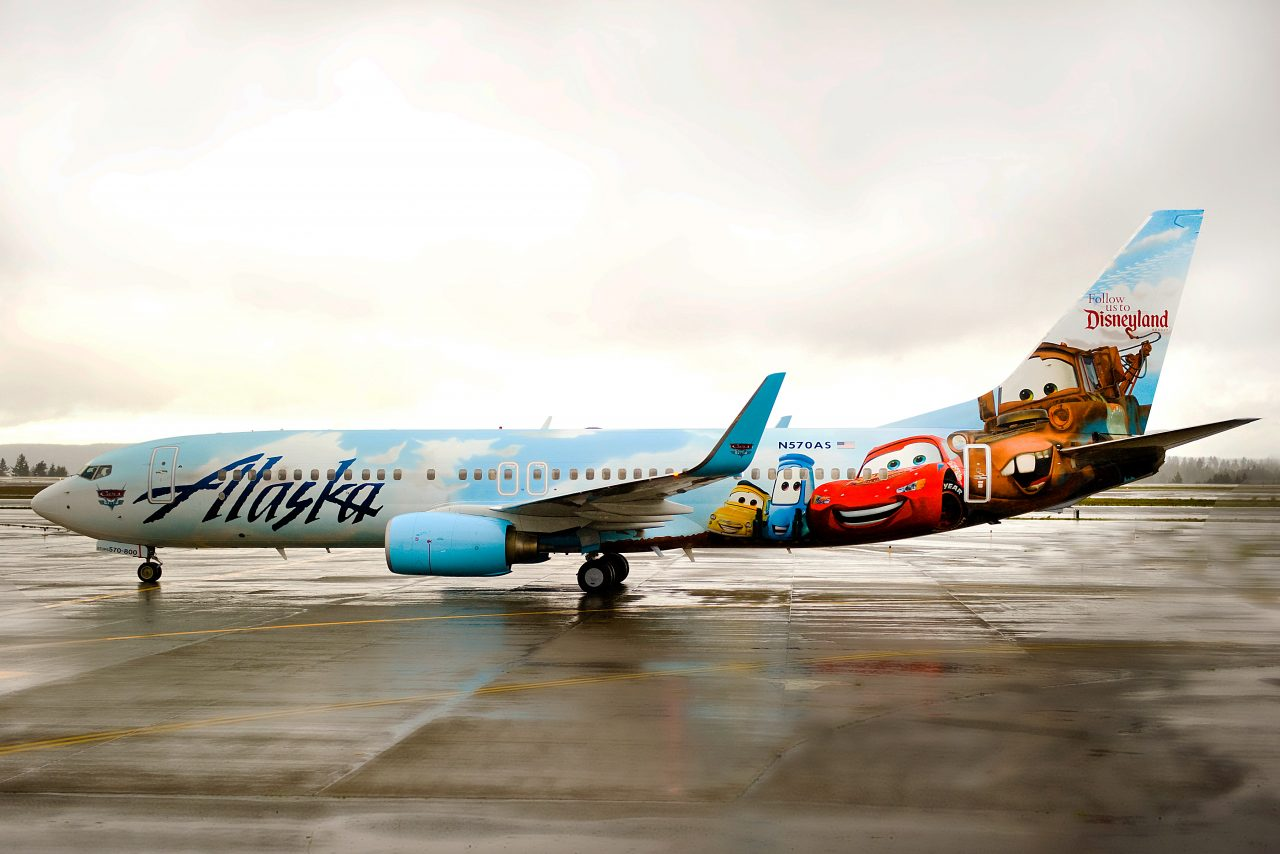 Alaska Airlines Boeing 737-800 Special Livery Adventures of Disneyland Lightning McQueen Cars