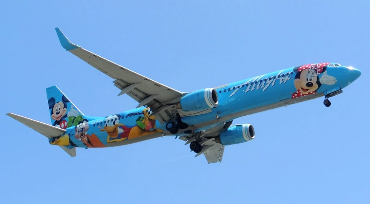 Alaska Airlines Boeing 737-900 Spirit of Disneyland II [N318AS] landing in LAX
