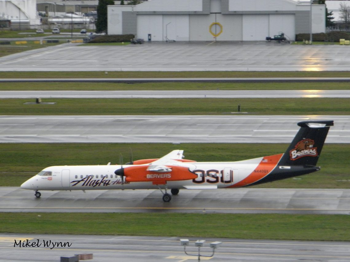 Alaska Airlines (Horizon) Fleet Bombardier Dash 8-Q400 Livery Colors Oregon State University Beavers