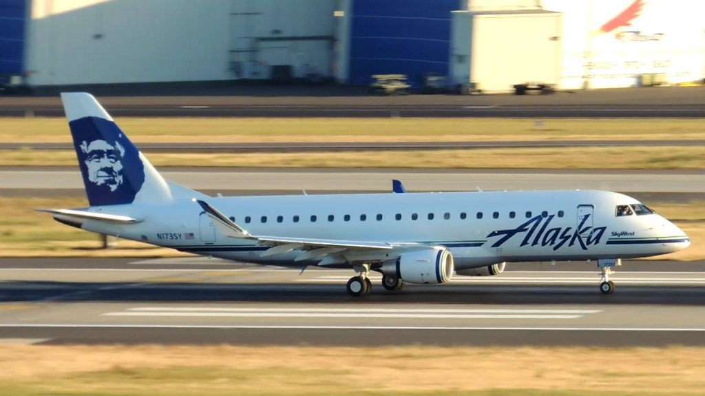 Alaska Airlines (SkyWest) Embraer ERJ-175 [N173SY] takeoff from PDX