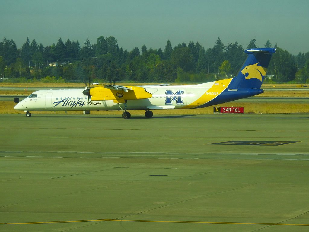 Alaska Horizon Air – Bombardier Dash 8-Q400 N403QX Montant State University Bobcats Livery @ Seattle Tacoma