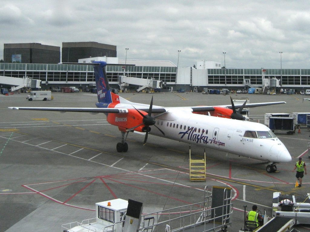 Alaska Horizon's Bombardier Q400 Universities-around-the-network Series. This bird wears Boise State Broncos color to celebrate over 25 years of service to Boise