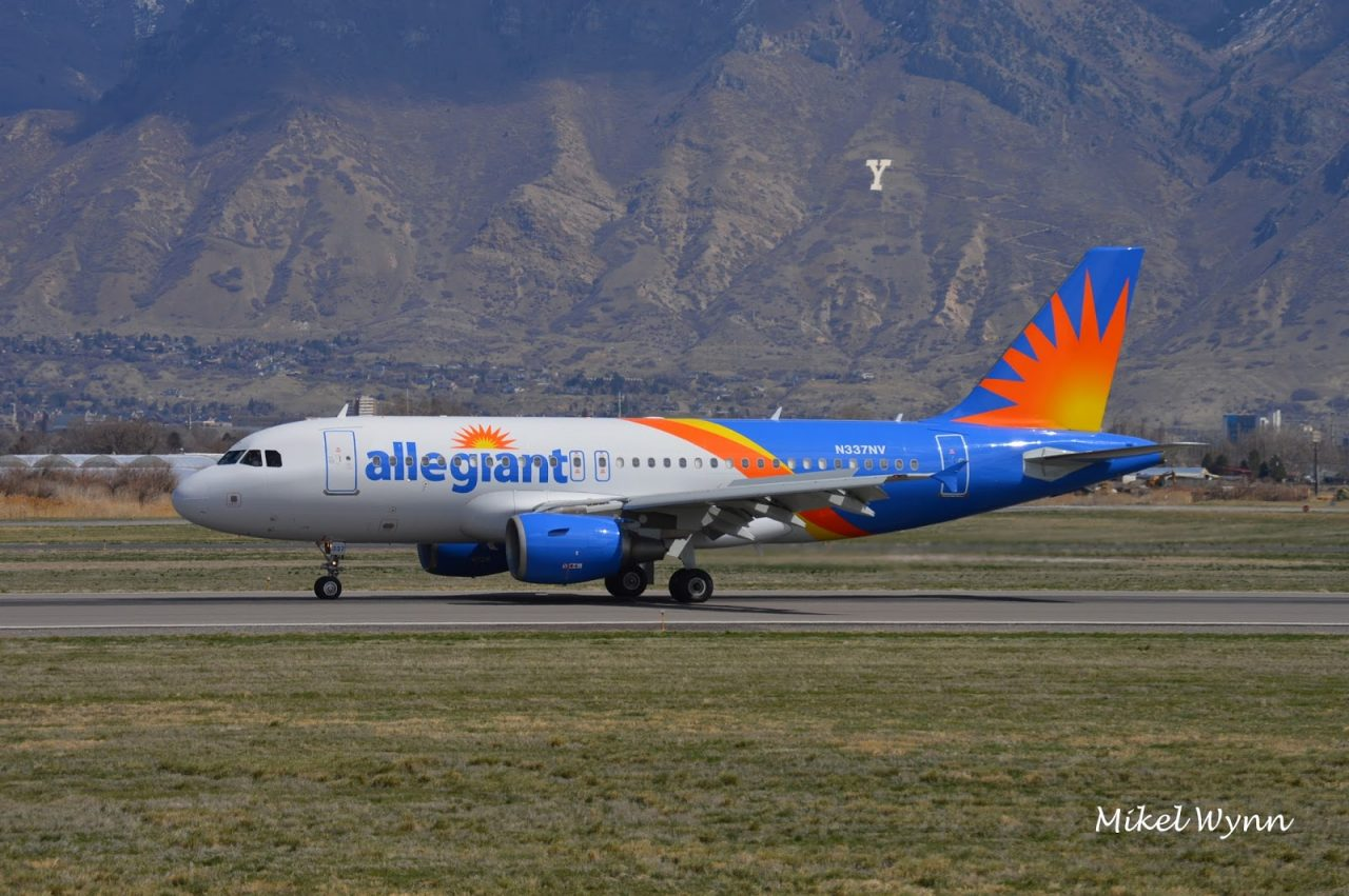 Allegiant Air Airbus A319-111 (N337NV) rolling out on 31, arriving from Phoenix-Mesa as AAY280 @Mikel Wynn