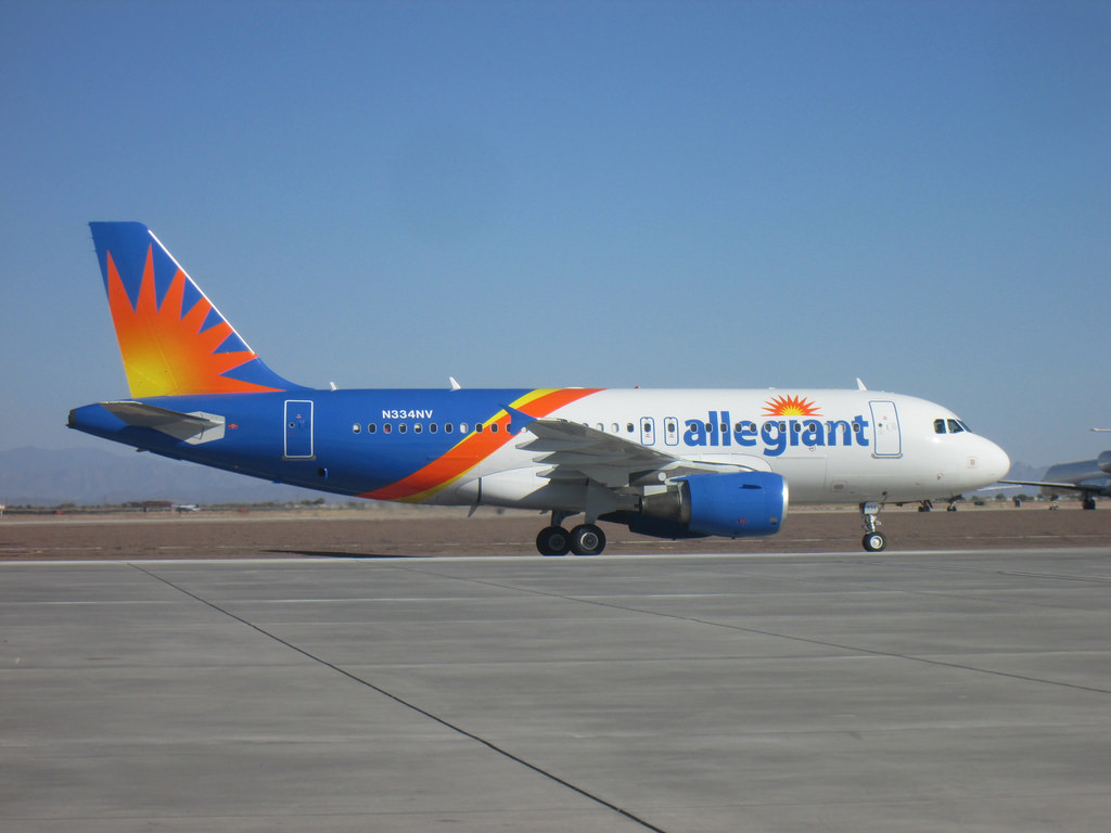 Allegiant Air Aircraft Fleet Airbus A319 (N334NV)
