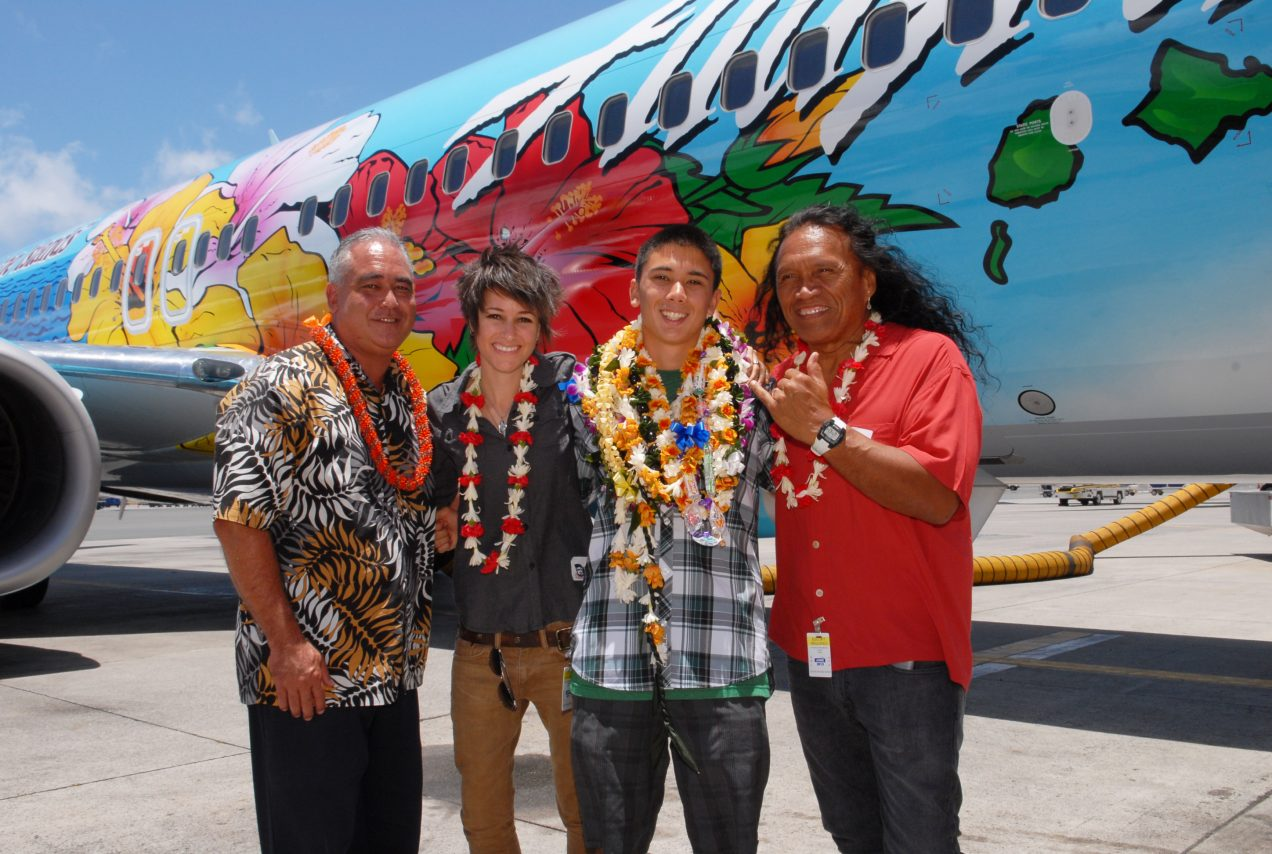 Honolulu high school student Aaron Nee Designed Spirit of The Islands special livery Boeing 737-800 Alaska Airlines