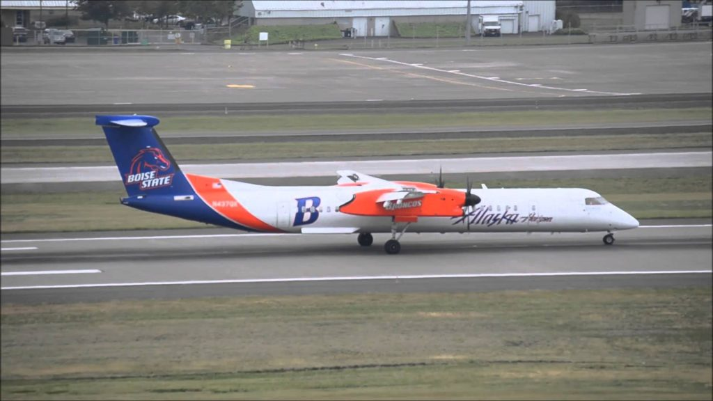 Horizon Airlines Q-400 N437QX {Broncos} landing at Portland International Airport {PDX}