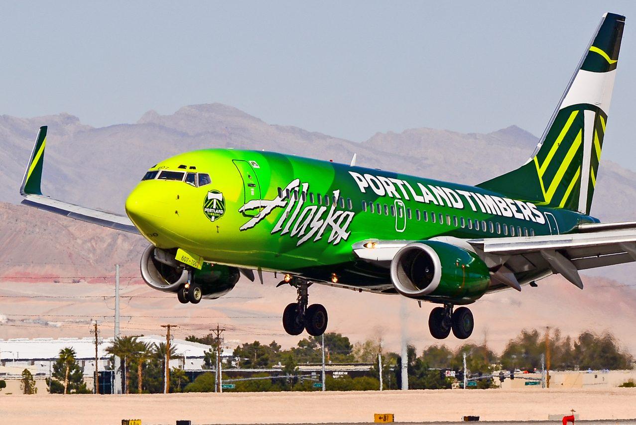 N607AS Alaska Airlines 1999 Boeing 737-790 C-N 29751 Portland Timbers