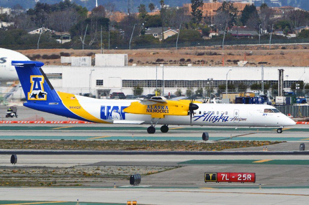 The University of Alaska Fairbanks Livery Horizon Air - Alaska Airlines Bombardier Dash 8-Q400
