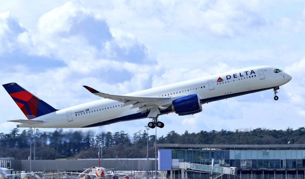 8th Delta Air Lines Fleet Airbus A350-900 in delivery flight from Toulouse Reg N508DN