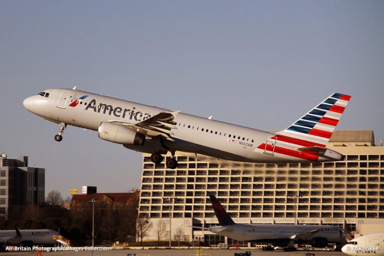 Airbus A320-232, N662AW : 1274, American Airlines (AA : AAL) @Erik Frikke