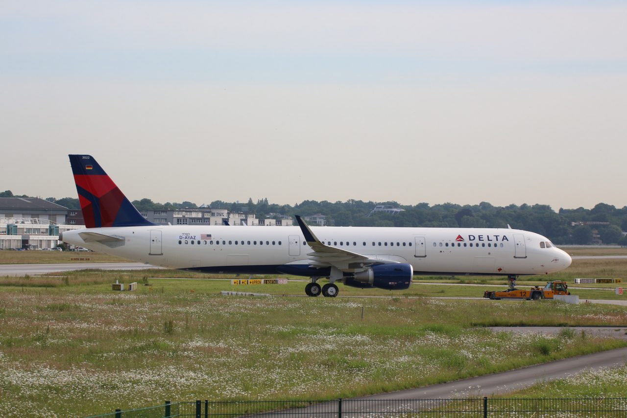 Airbus A321-211SL, Delta Air Lines, D-AYAZ, N322DN (MSN 7707)