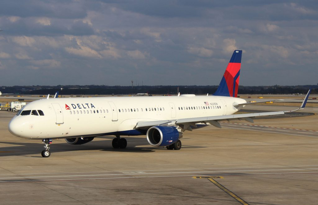 Airbus A321-211SL Delta Air Lines F-WZMT, N329DN (MSN 7885)