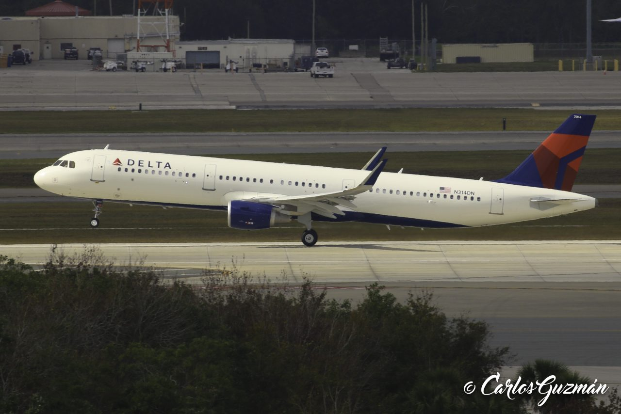 Airbus A321-211(SL) (N314DN)— Delta Air Lines Fleet Photos @Carlos Guzman
