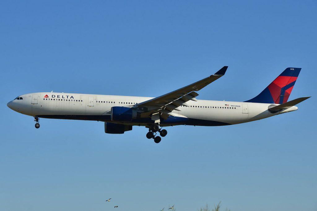 Airbus A330-300 Delta Air Lines (DAL) N813NW - MSN 799 at Barcelona-El Prat Airport (LEBL) in Spain