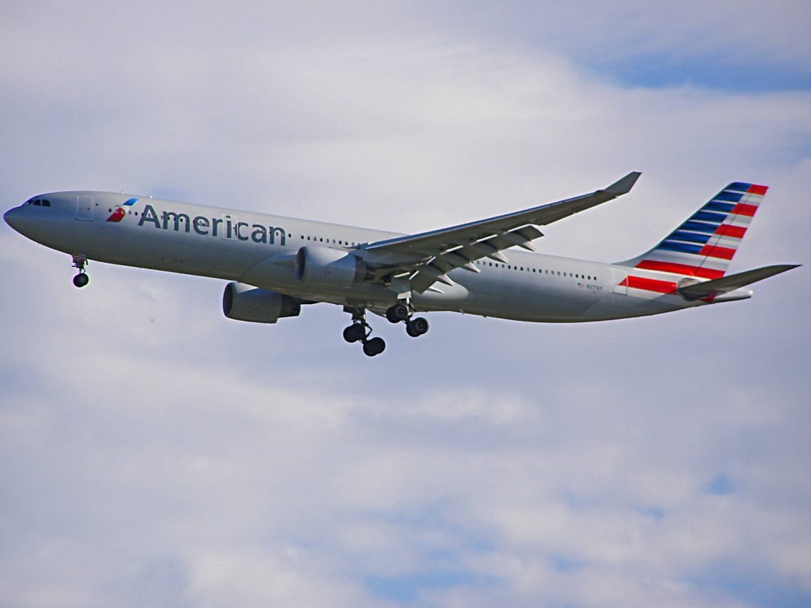 Airbus A330-300 (N271AY) American Airlines Wide Body Fleet