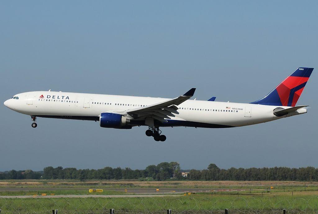 Airbus A330-323X, Delta Air Lines Fleet at Roma Leonardo da Vinci:Fiumicino - LIRF, Italy