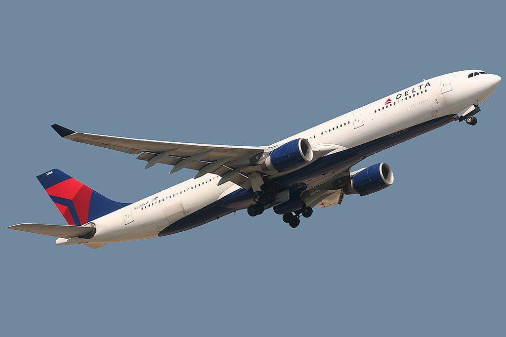 Airbus A330-323X Delta Airlines Fleet N808NW Barcelona El Prat (LEBL:BCN) Airport