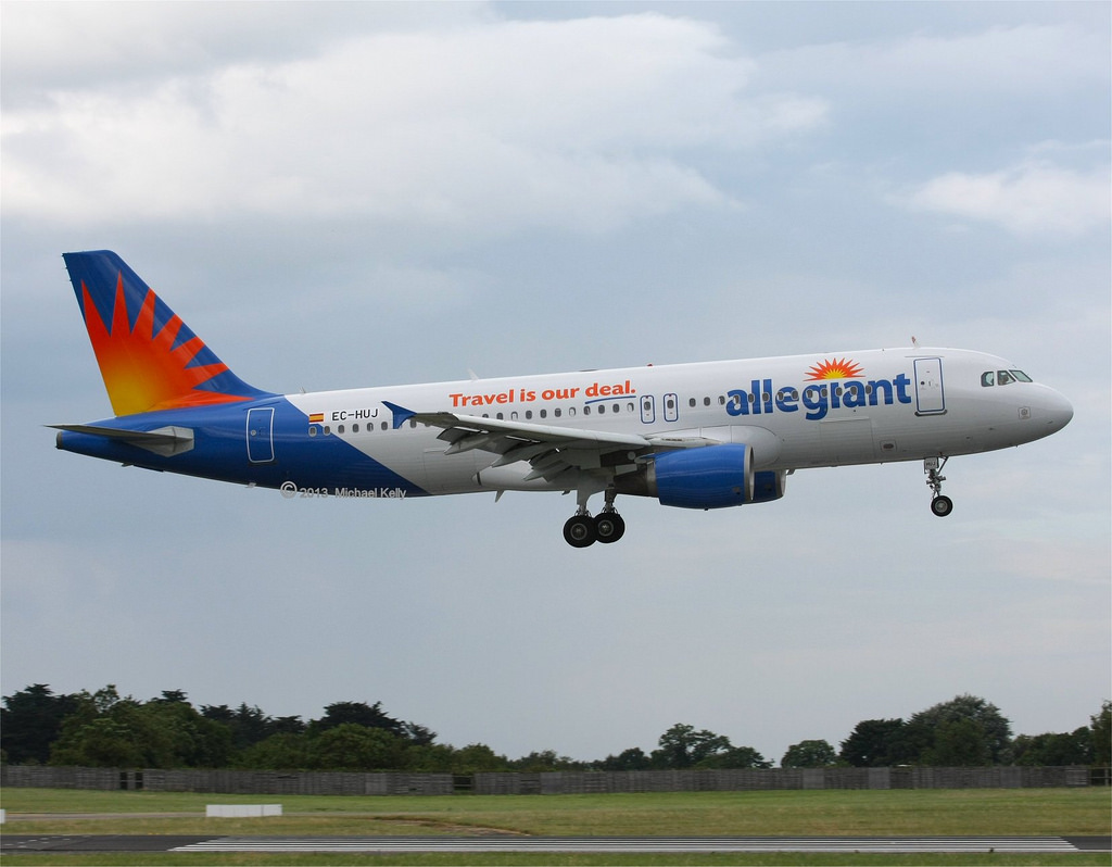 Allegiant Air Airbus A320-200 EC-HUJ Ultra Low Cost Carrier