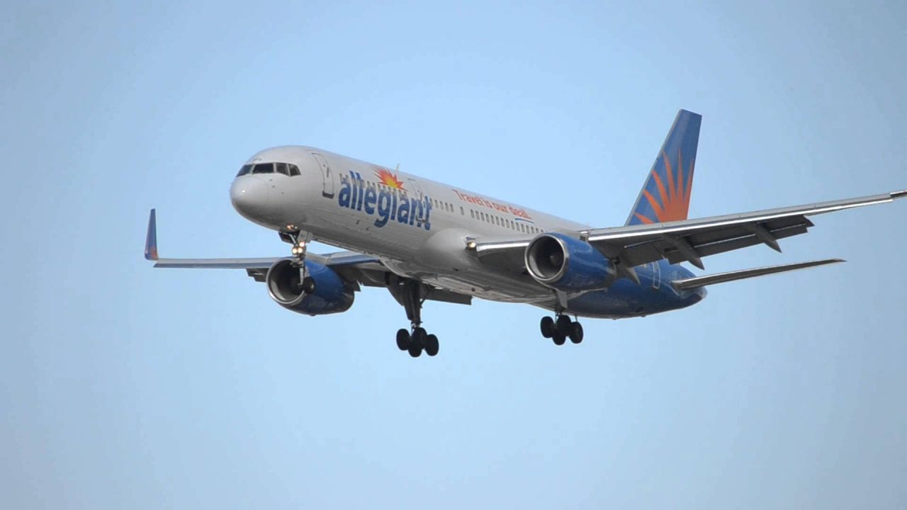 Allegiant Air Boeing 757-200 [N903NV] Landing At LAS