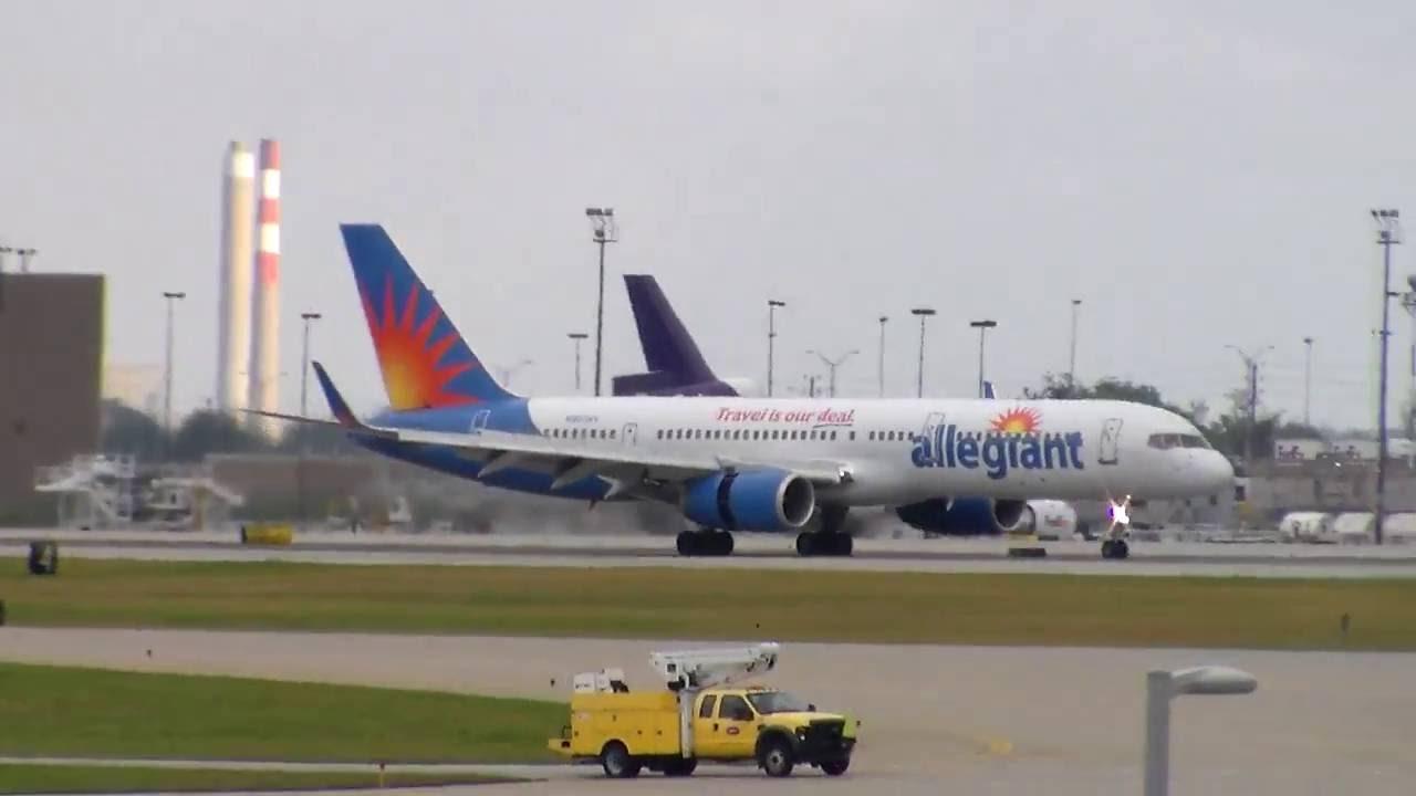 Allegiant Air Boeing 757 landing in Indianapolis