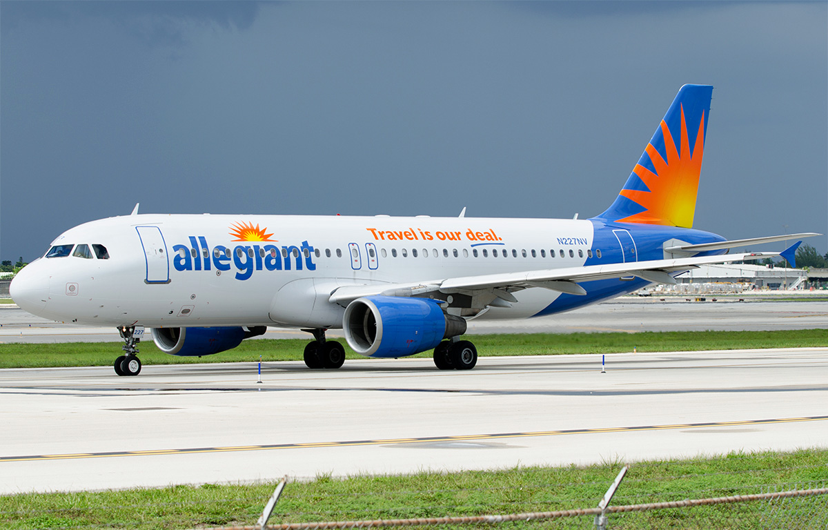 Allegiant Air Fleet Airbus A320-200 Photos