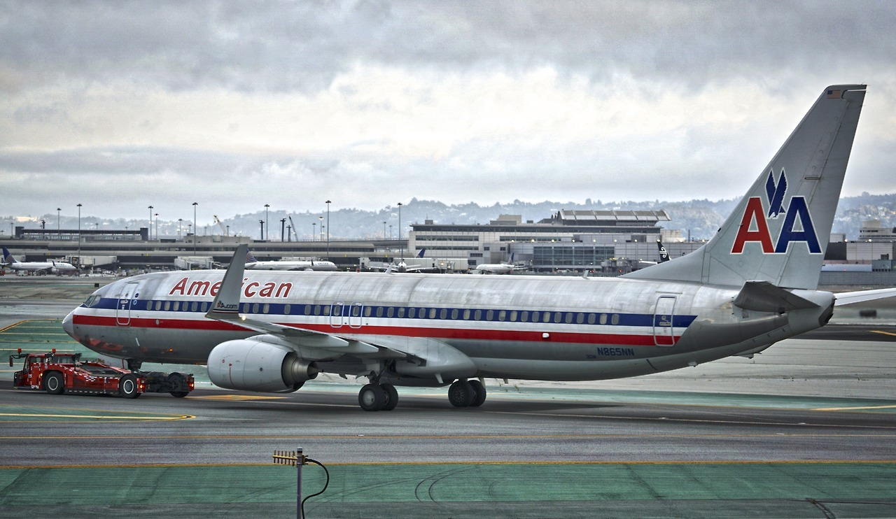 American Airlines 2001 Boeing 737-800 N865NN c:n 29554 being towed at San Francisco Airport