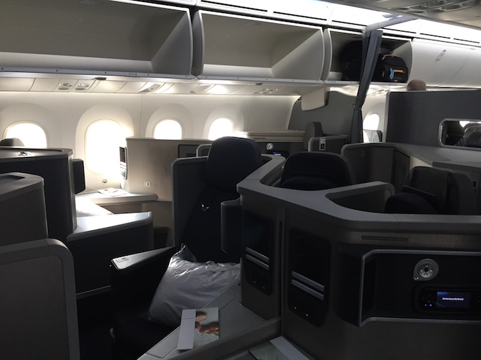 American Airlines 787-8 Dreamliner business class mini-cabin