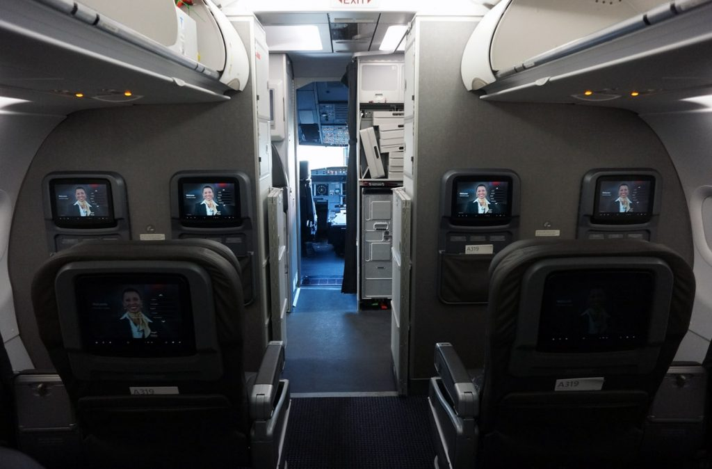 American Airlines Airbus A319-100 Cabin Interior Design