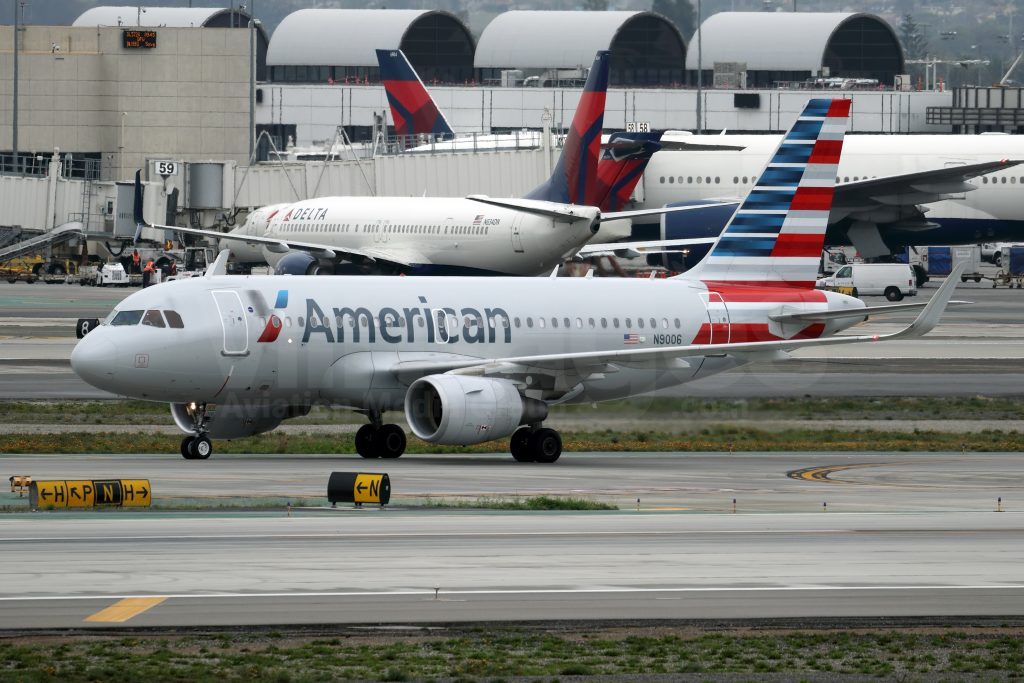 American Airlines Airbus A319-115 N9006