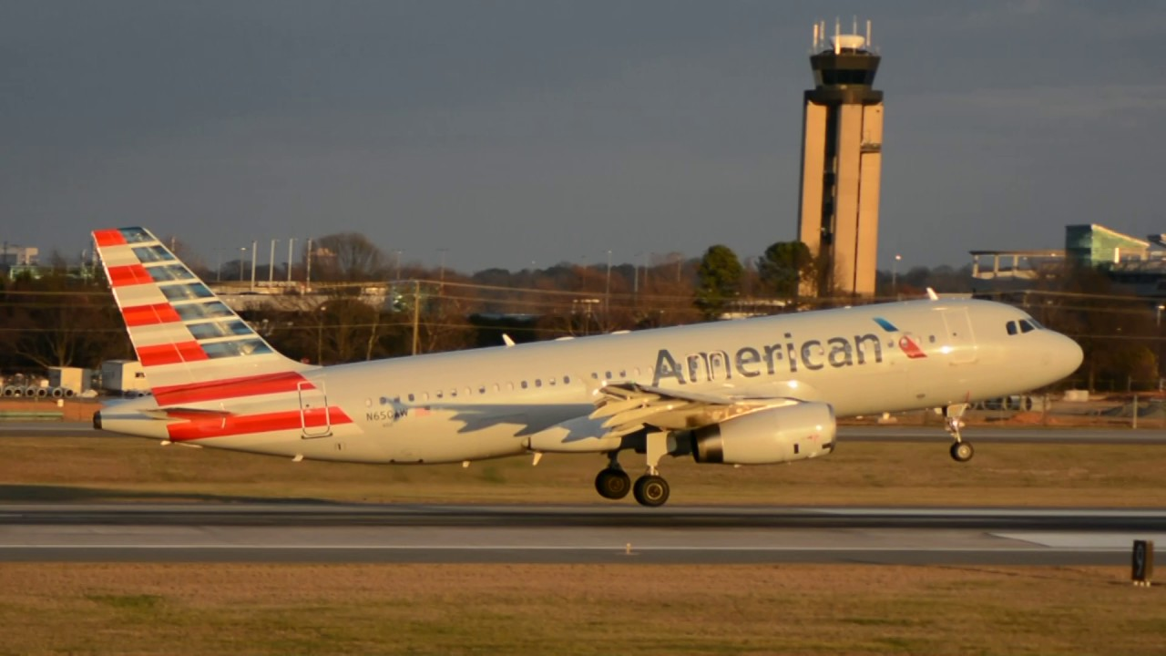 American Airlines Airbus A320-232 [N650AW] Landing Charlotte CLT