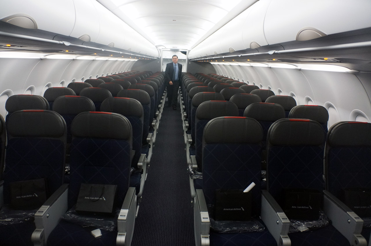 American Airlines Airbus A321-200 Cabin Seats Photos