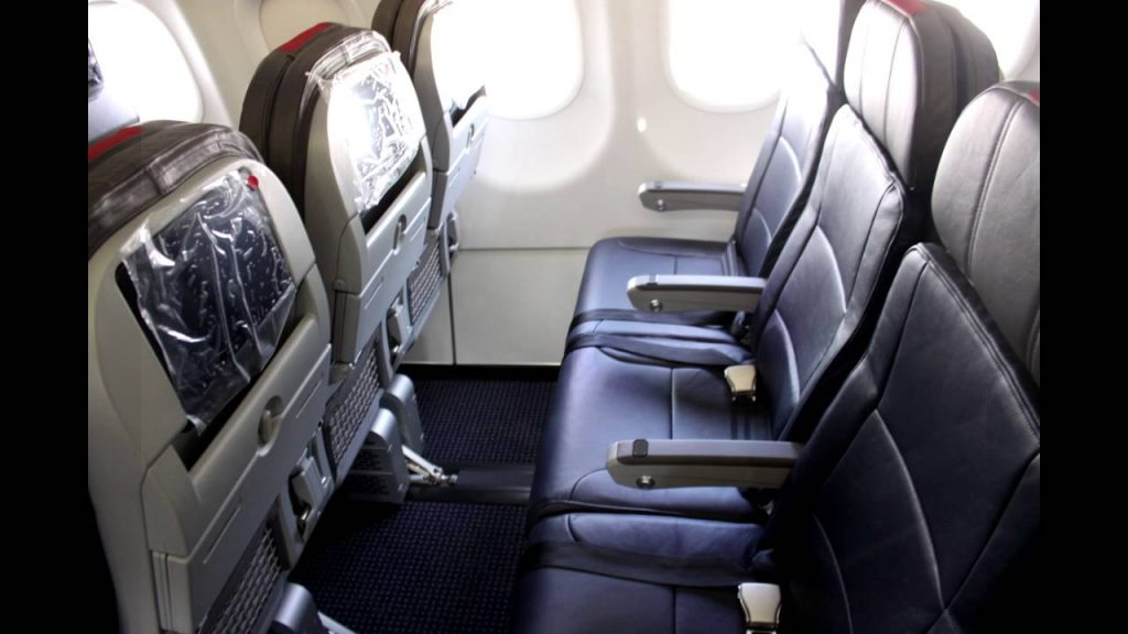 American Airlines Airbus A330-200 Main cabin Extra - Economy class