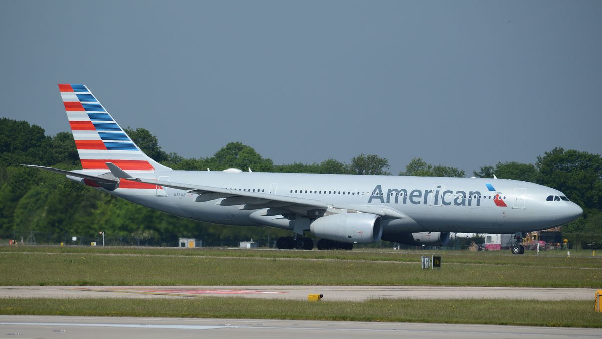 American Airlines Airbus A330-200 N291AY manchester airport