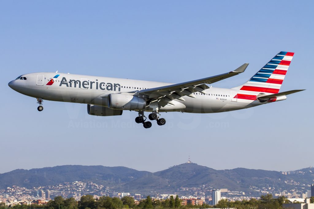 American Airlines Airbus A330-243 N280AY Photos