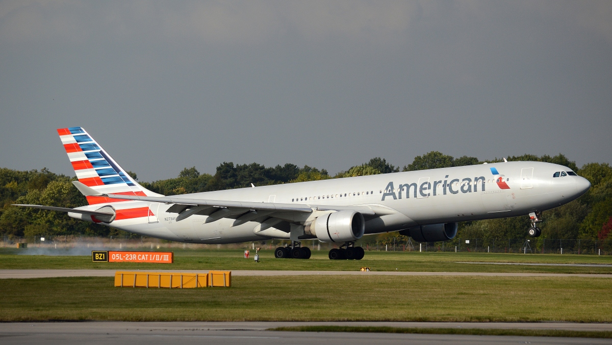 American Airlines Airbus A330-300 N273AY at Manchester Airport