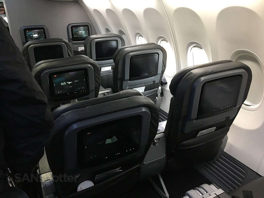 American Airlines 737-800 Main Cabin Extra trip report