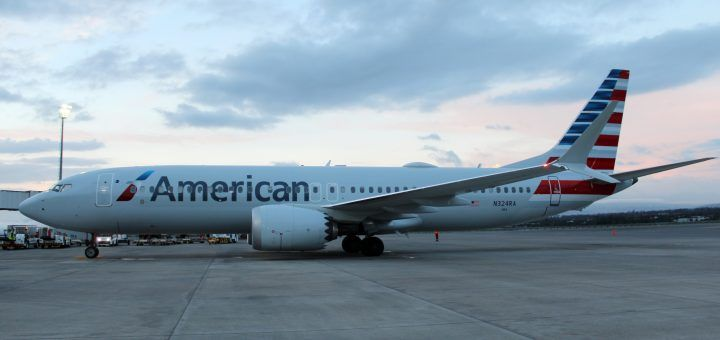 American Airlines Boeing 737 Max 8 N324RA Photos