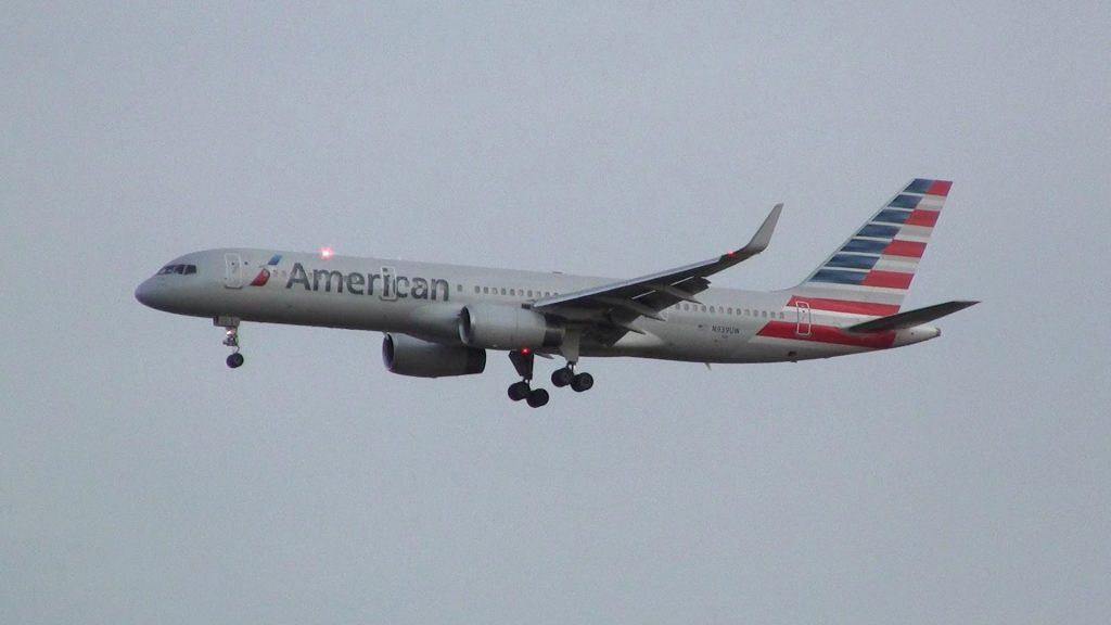 American Airlines Boeing 757-200 ✈ Brussels Airport