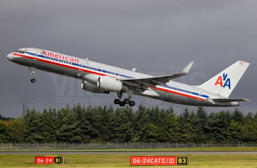 American Airlines Boeing 757-223 N183AN