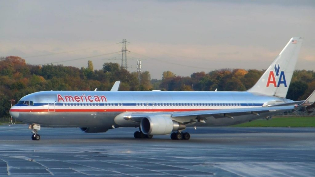 American Airlines Boeing 767-300 Takeoff Düsseldorf Airport