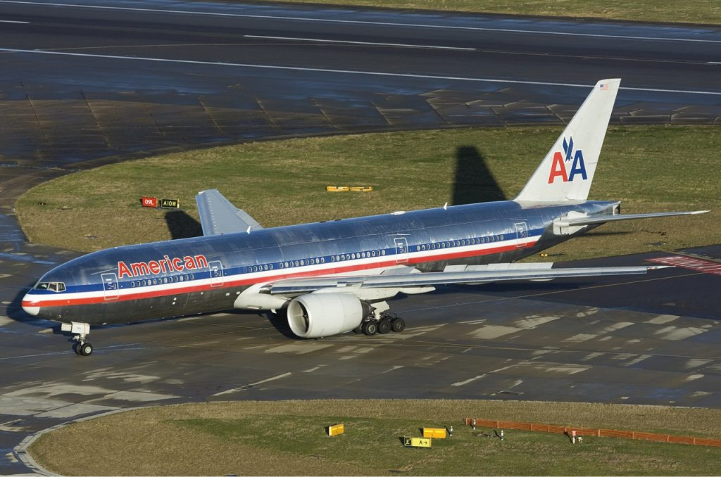 American Airlines Boeing 777-200ER Lofting-6 Photos