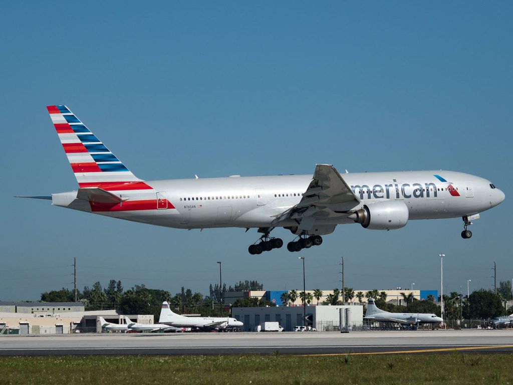 American Airlines Boeing 777-200ER (N765AN) at Miami International Airport
