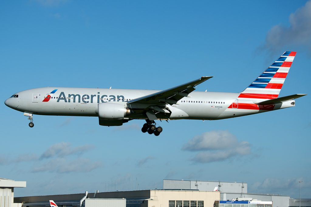 American Airlines Boeing 777-200ER N783AN in the new Livery