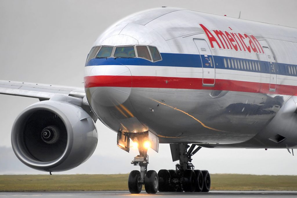 American Airlines Boeing 777-200ER N786AN : 7AT Photos