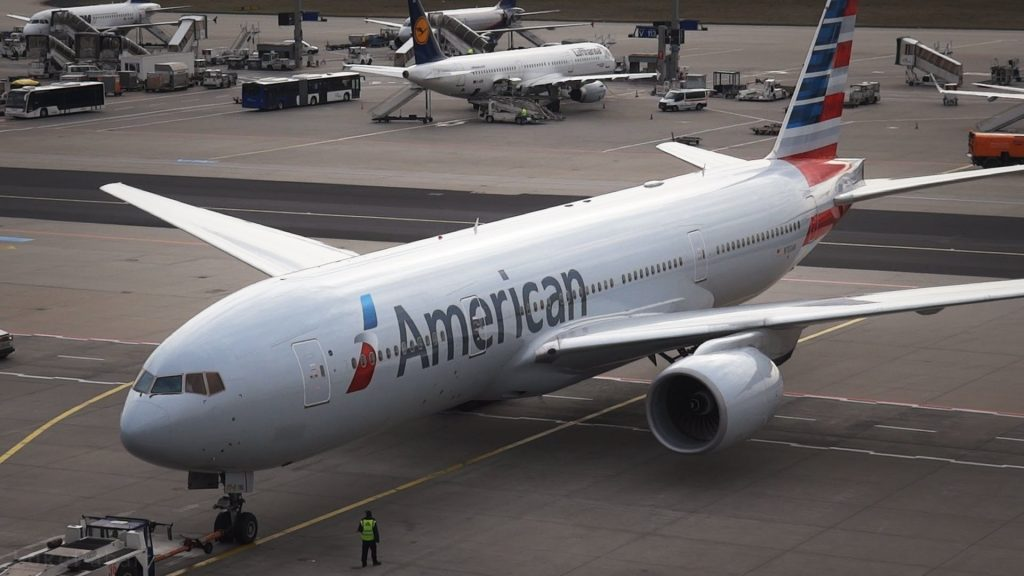 American Airlines Boeing 777-200ER - Pushback:Taxi:Takeoff at Frankfurt