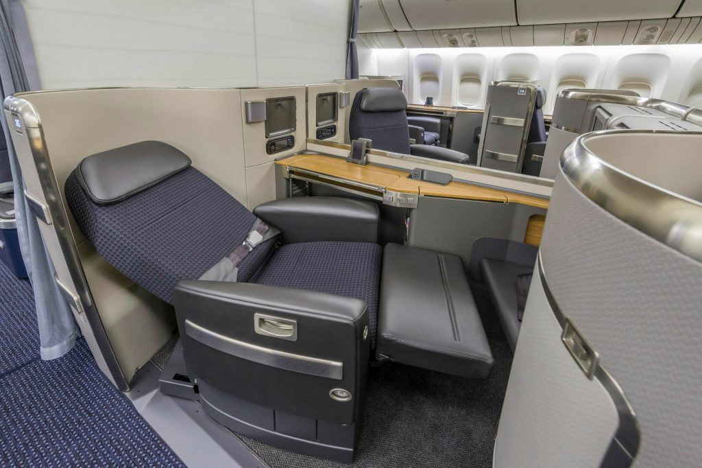 American Airlines Boeing 777-300ER First Class lie-flat seats Photos