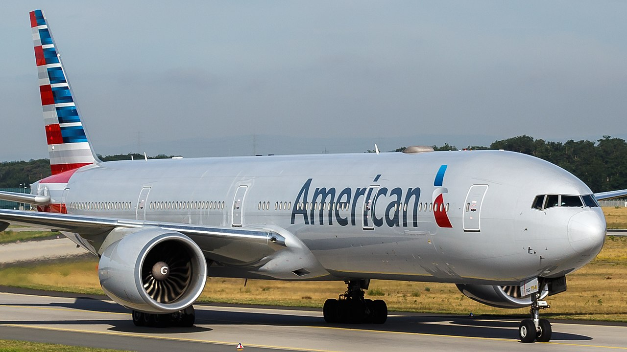 American Airlines Boeing 777-300ER (N719AN) at Frankfurt Airport